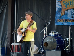 Ryan Montbleau performs at the Singer Songwriter Festival.
